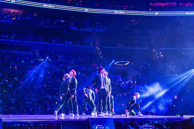 K-Pop performers at KCon Los Angeles