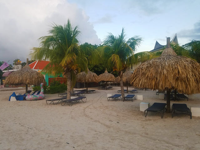 A snapshot of Jan Thiel Beach in Curacao